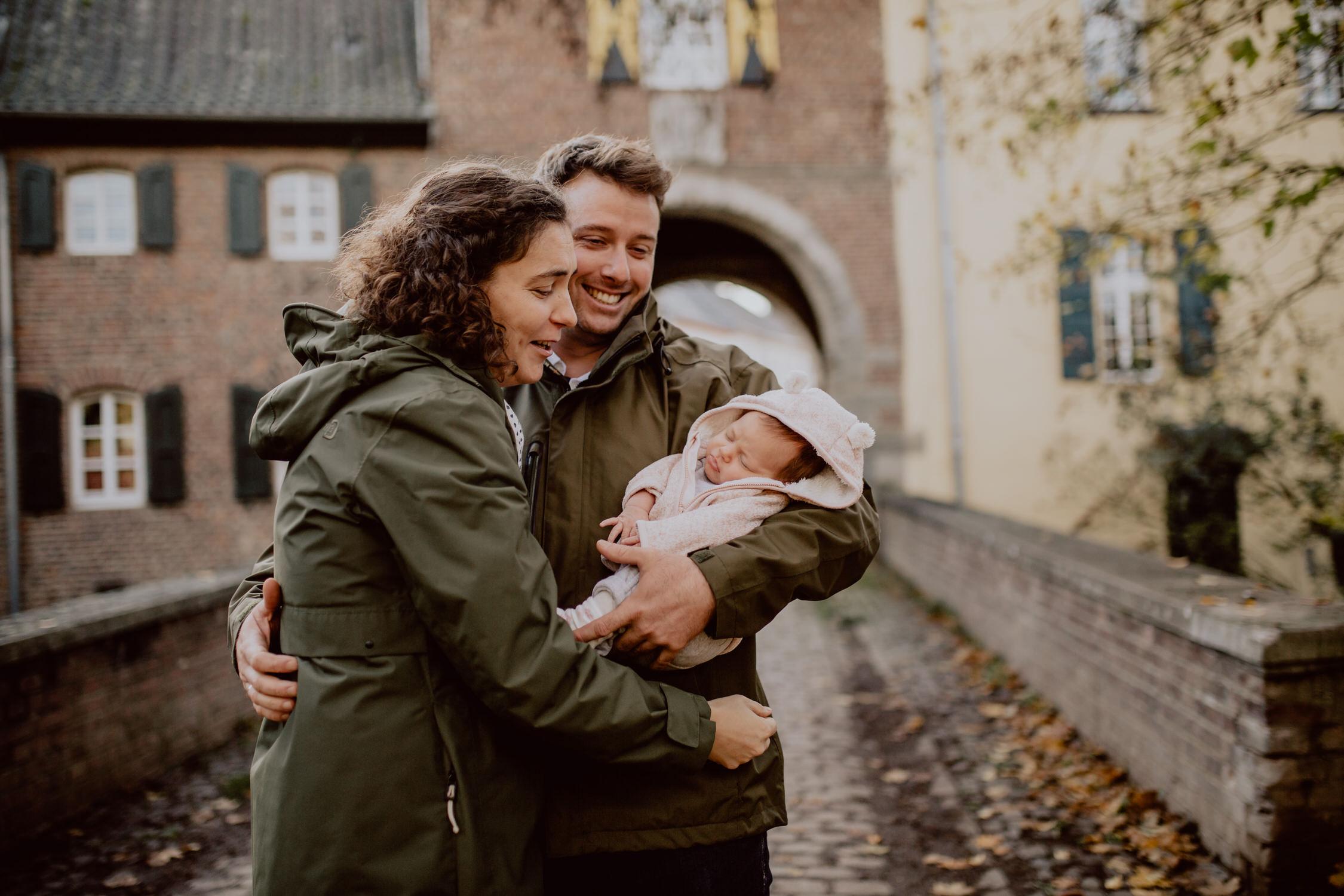 Authentisches Familienshooting in Alt-Kaster // Bedburg