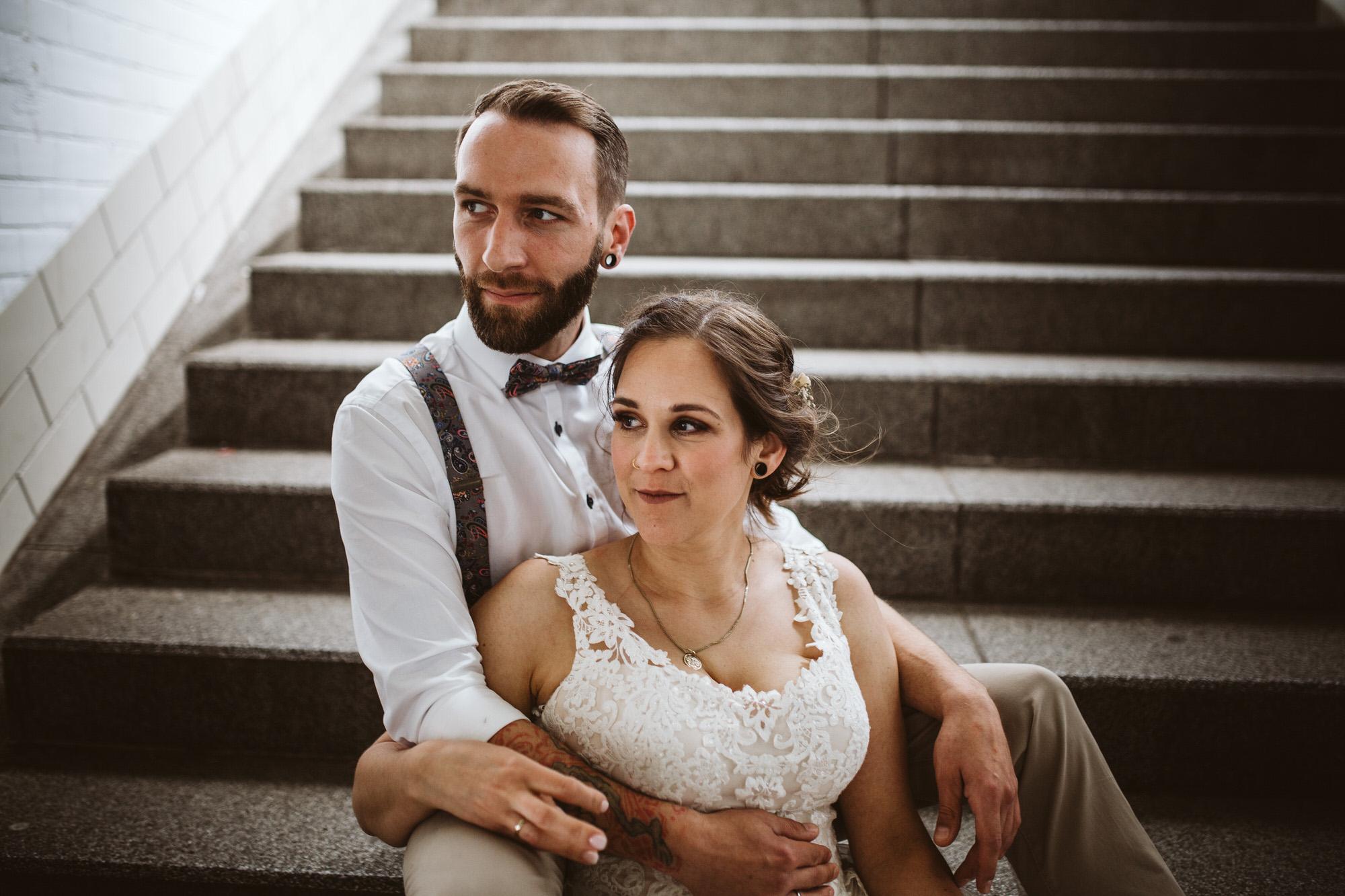 Standesamtliche Hochzeit in Viersen // Paarshooting am Bahnhof Viersen